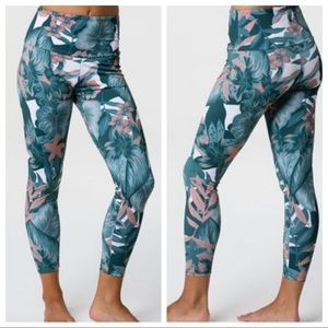 Onzie NWT High Basic Midi tropical leggings